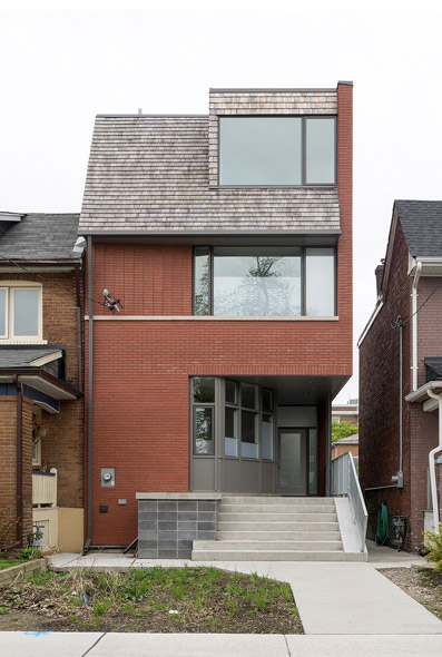 Toronto modern home tour art city in st james town for Modern house toronto